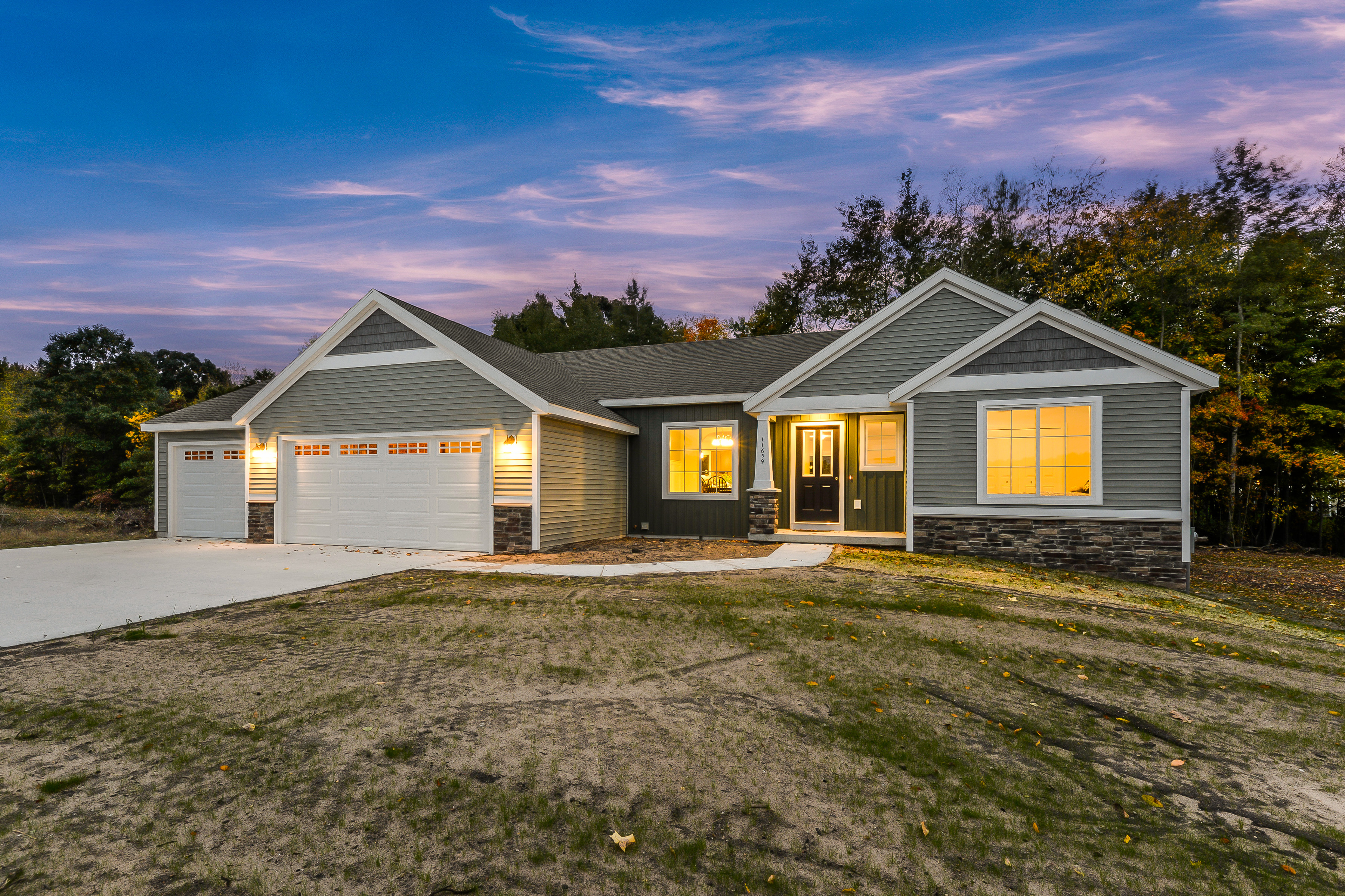 Plenty of space to move right into this home features 1623 square feet upstairs and a huge finished family room down for